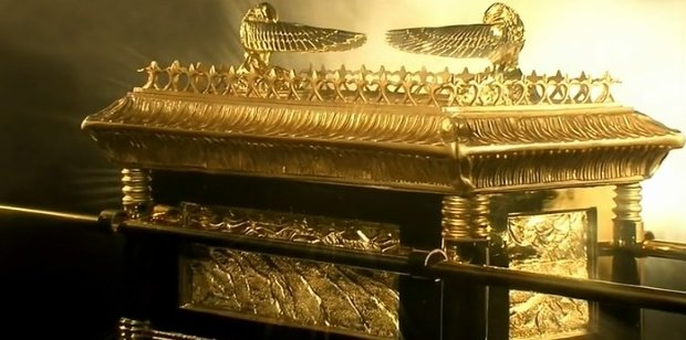 Ancient-Aliens-ark-covenant.jpg
