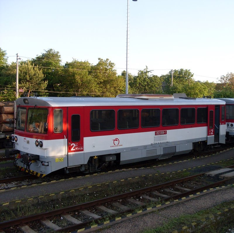 812 008-1 LUX